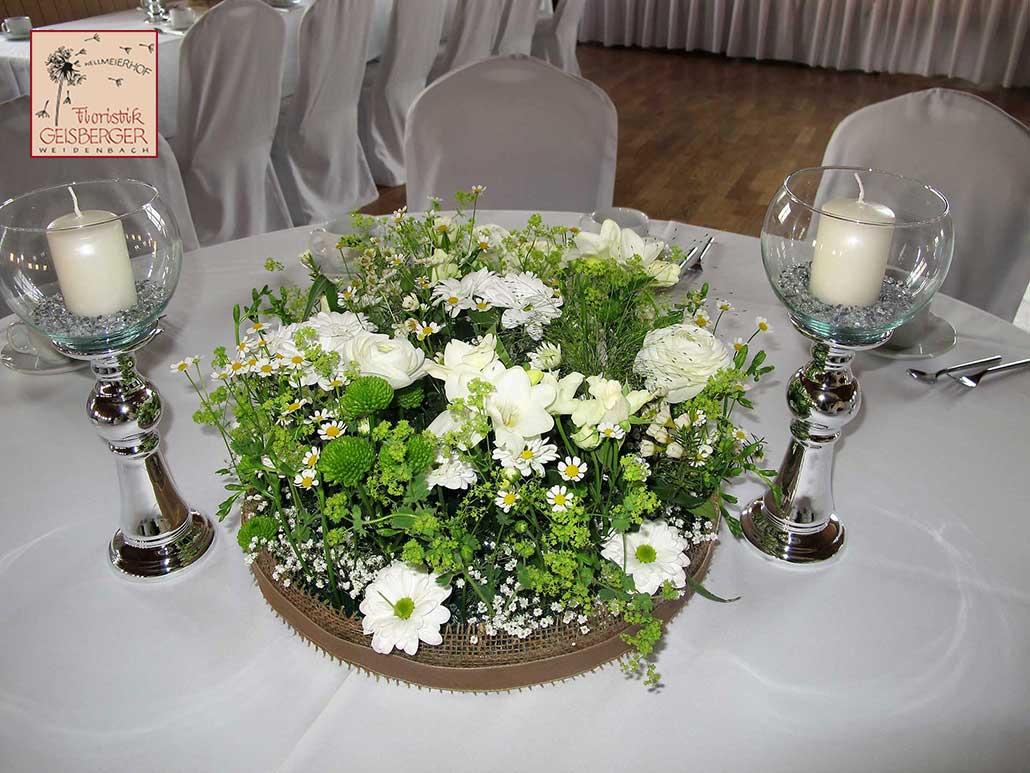 Weisse Blumen Tischdeko Floristik Geisberger Floristik Geisberger