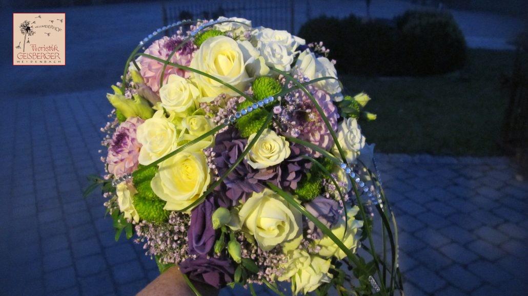 Hochzeit In Der Trendfarbe Ultra Violett Teil 1 Brautstrauss